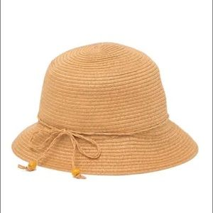 August Hat Company Basic Cloche Natural